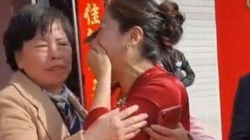 Çin'de film gibi düğün