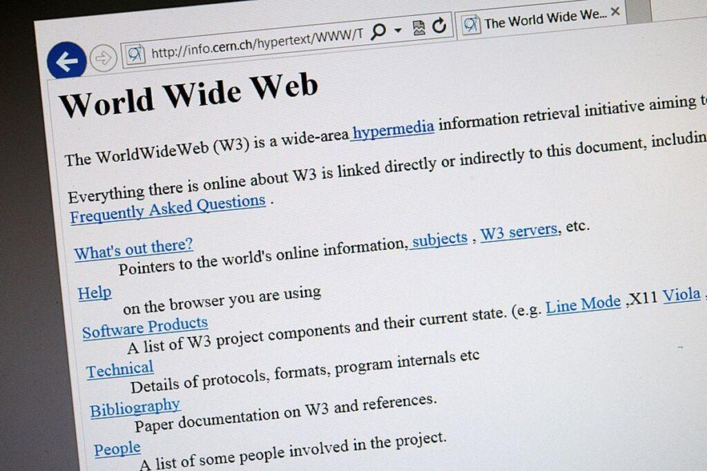 Dünyanın ilk internet sitesi 30 yaşında