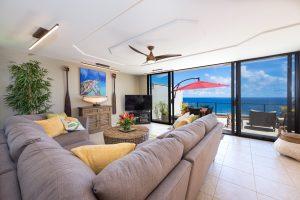 Puu Poa #313 Living Room View of Ocean