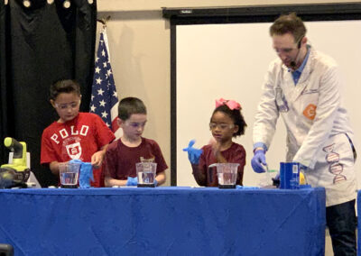 Sherwood-Academy-kids-join-in-on-the-science-fun