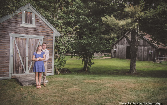 Engagements photo of a young couple in NH