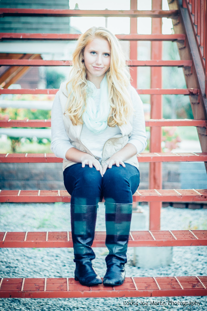 Love this senior photo the colors and the subject just matched so nice