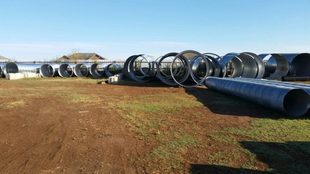 Largest inventory of steel pipes and tinhorns in Oklahoma
