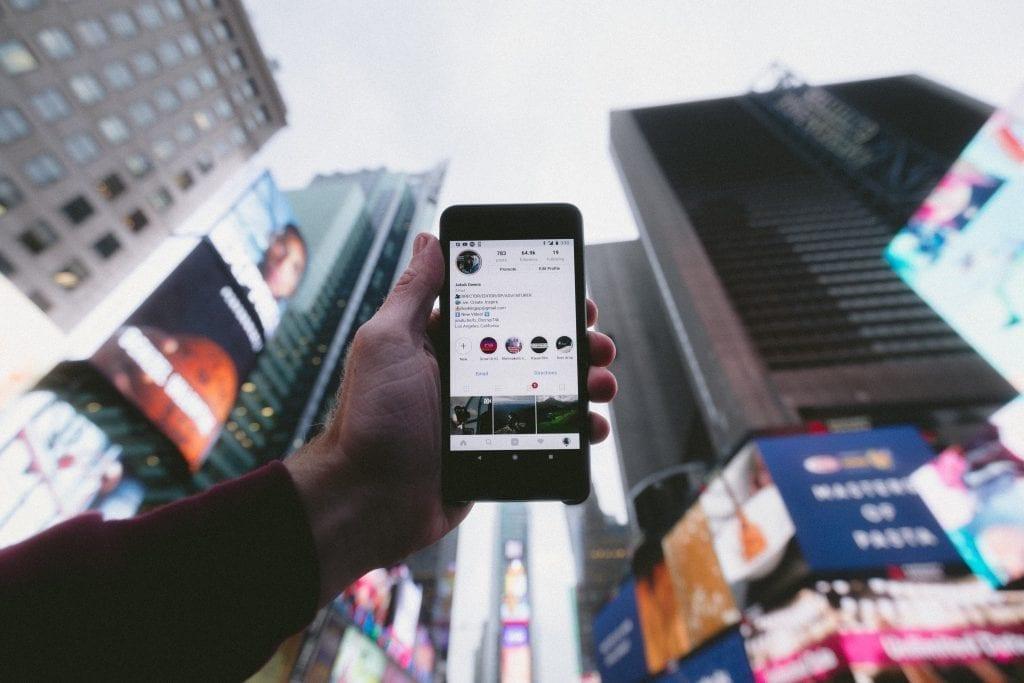 social media commercial real estate marketing