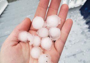 pea sized hail, st louis hail, stl hail damage,
