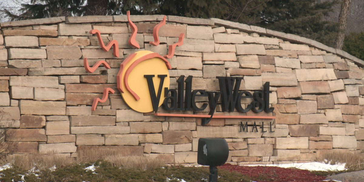 GoWest Valley West Mall Sign