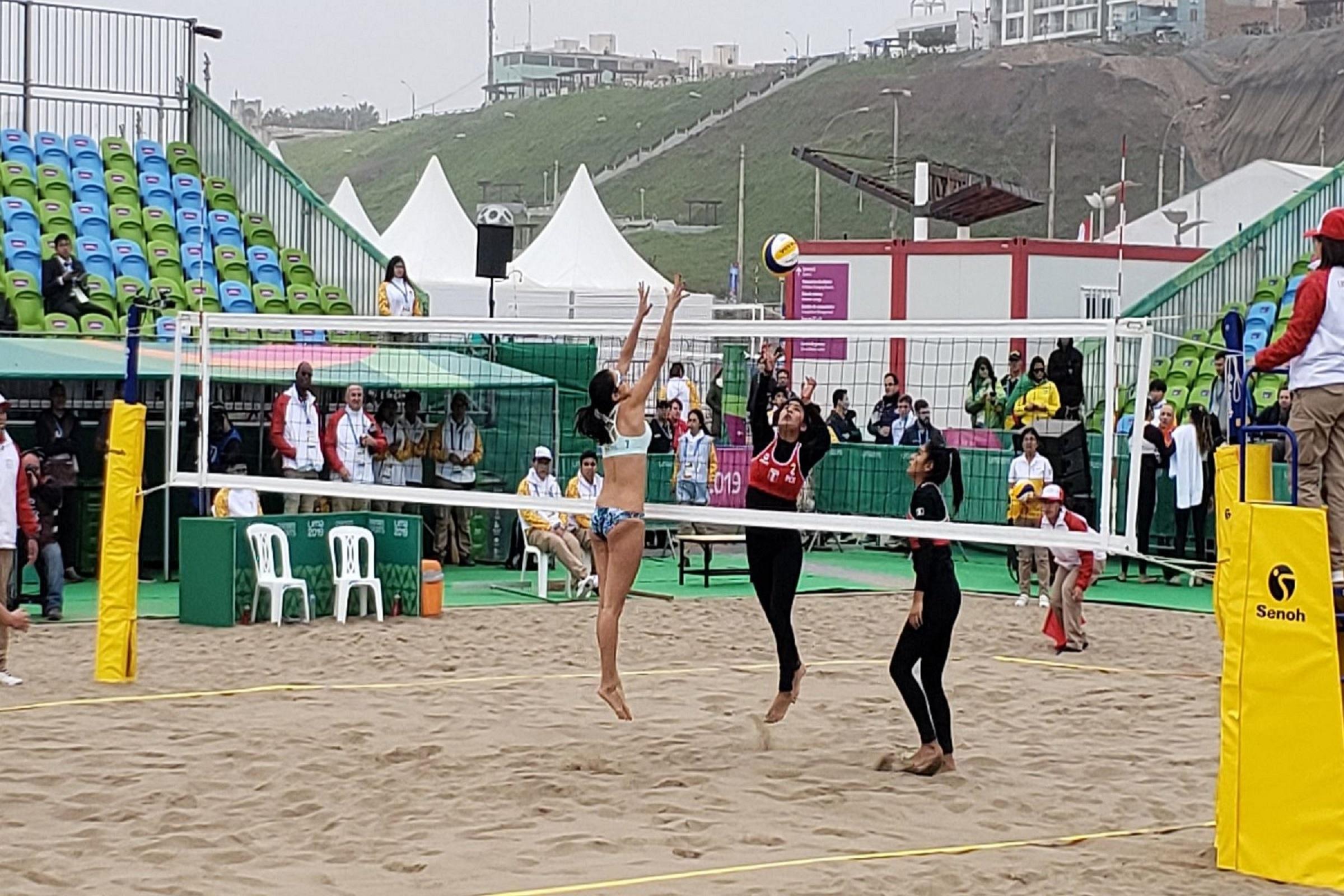 Perú vence a El Salvador en voley playa en el inicio de los Juegos Panamericanos Lima 2019