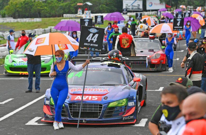 Panameño Solly Betesh, buscará bandera a cuadros en cierre del GT Challenge de las Américas