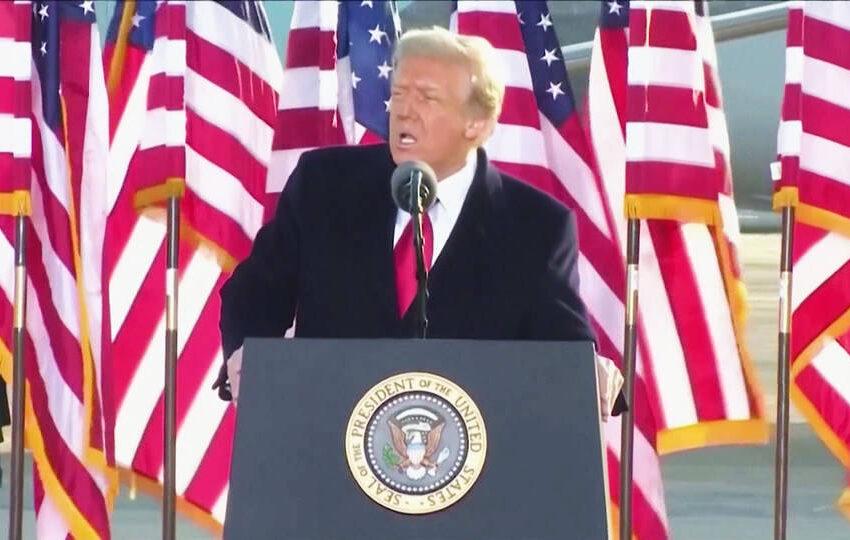 """Donald Trump deja la presidencia,  pero amenaza que """"volverá"""""""