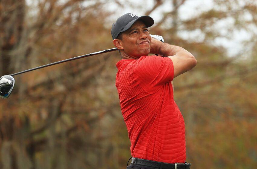 Jugador de golf Tiger Woods sufre accidente automovilístico