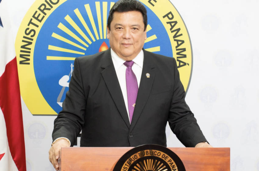 Renuncia el procurador Eduardo Ulloa, escándalo en albergues sacude a Panamá