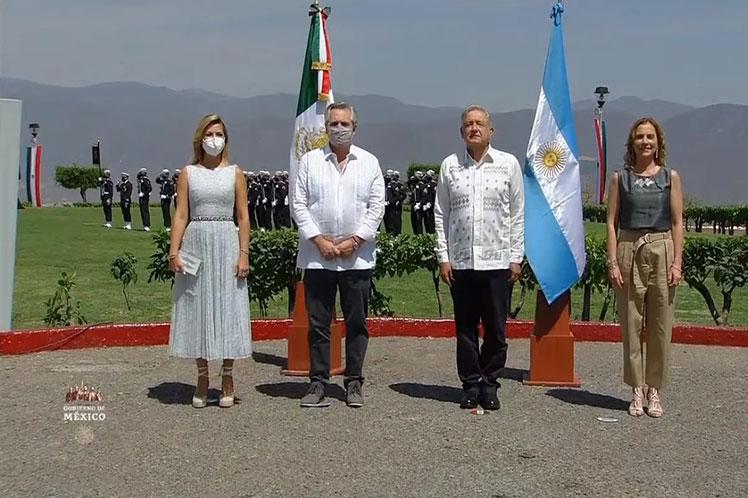Presidentes de México y Argentina abogan por la unidad latinoamericana