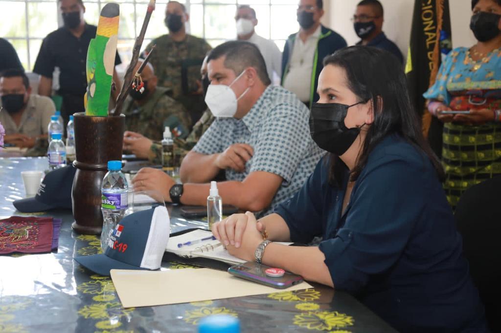 Pondrán en marcha programas sociales en la Comarca Kuna Madungandí