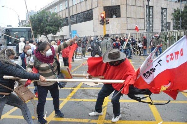 Asesinan a simpatizante de Castillo en Perú, Fujimoristas atacan