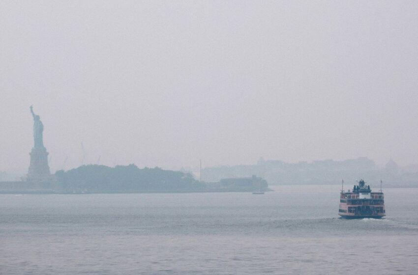 Incendios forestales genera neblina de humo en Nueva York