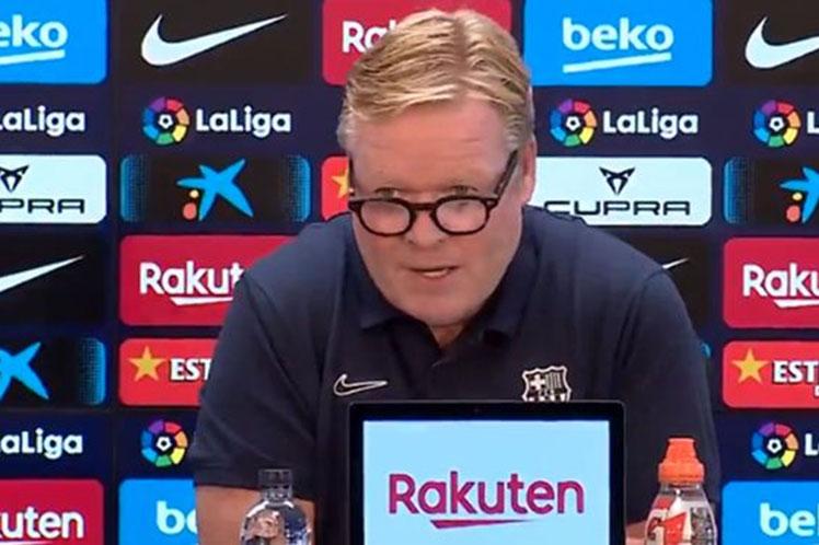 Técnico del Barcelona abandona rueda de prensa sin permitir preguntas
