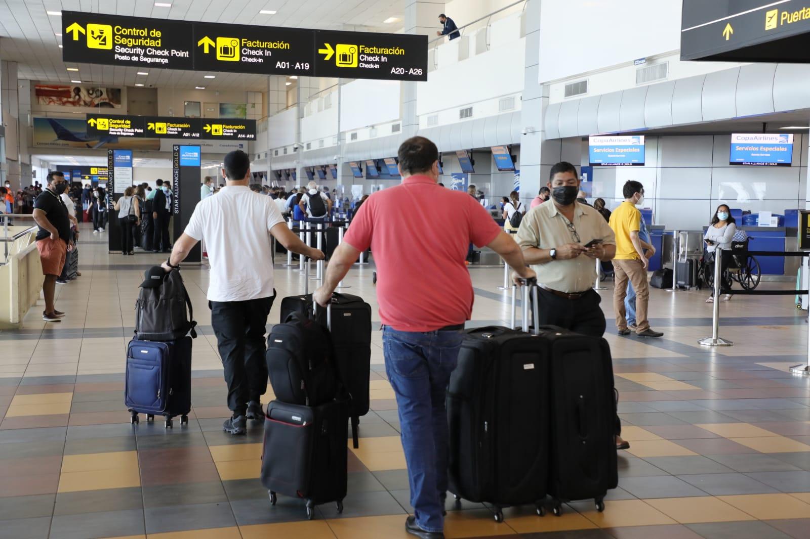 Aeropuerto de Tocumen espera flujos de pasajeros durante las fiestas patrias