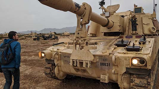 Army seeks robots to supply its big guns with ammunition
