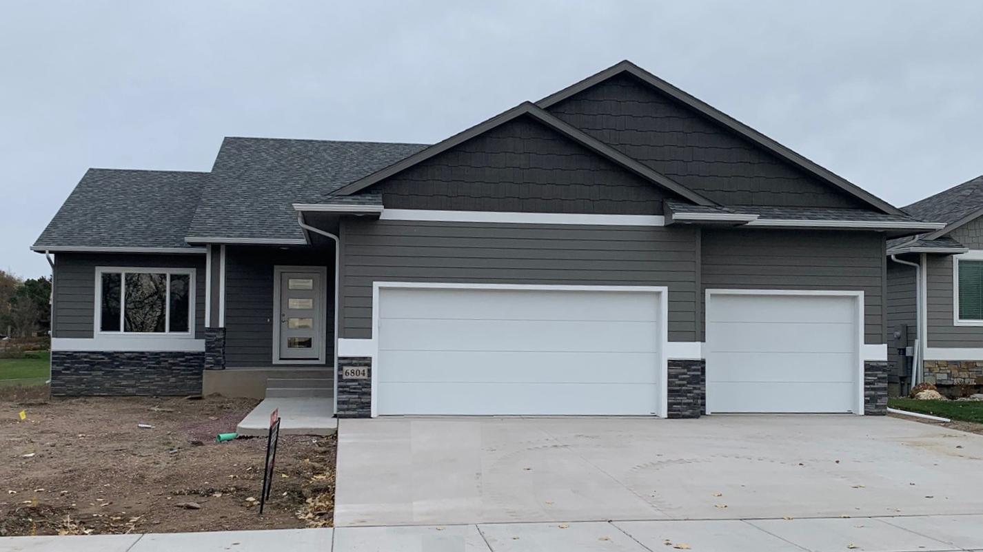 6804 Beal - Shadow Valley Home