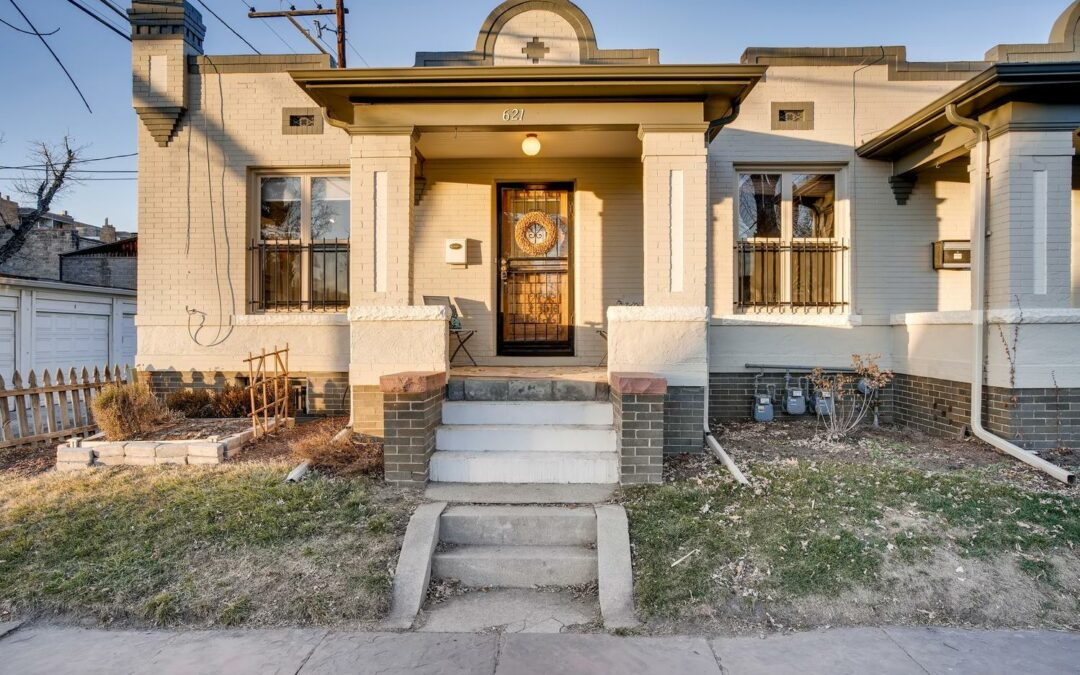 SOLD: Charming Townhouse in Alamo Placita