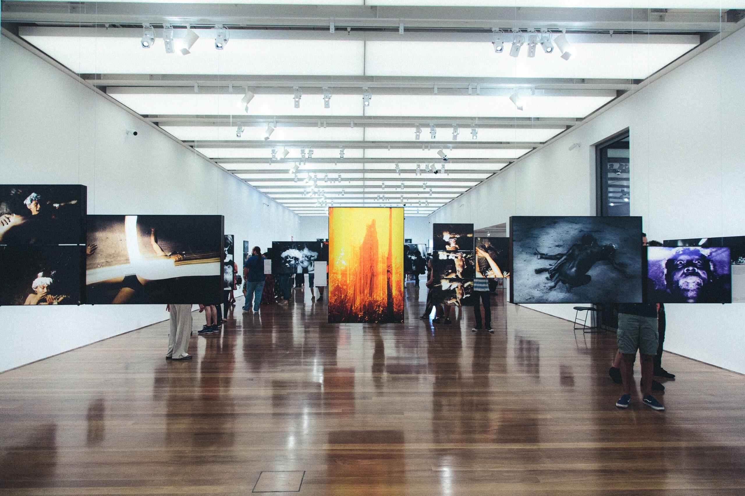 Exhibition-Gallery-Displays