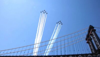 Blue Angels, Thunderbirds Flying over US Cities