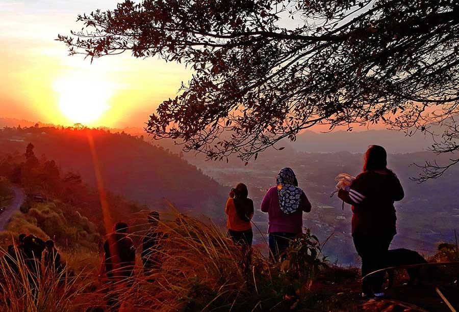 Sunrise at Pinggan Village Tour 2 - Bali Safest Driver