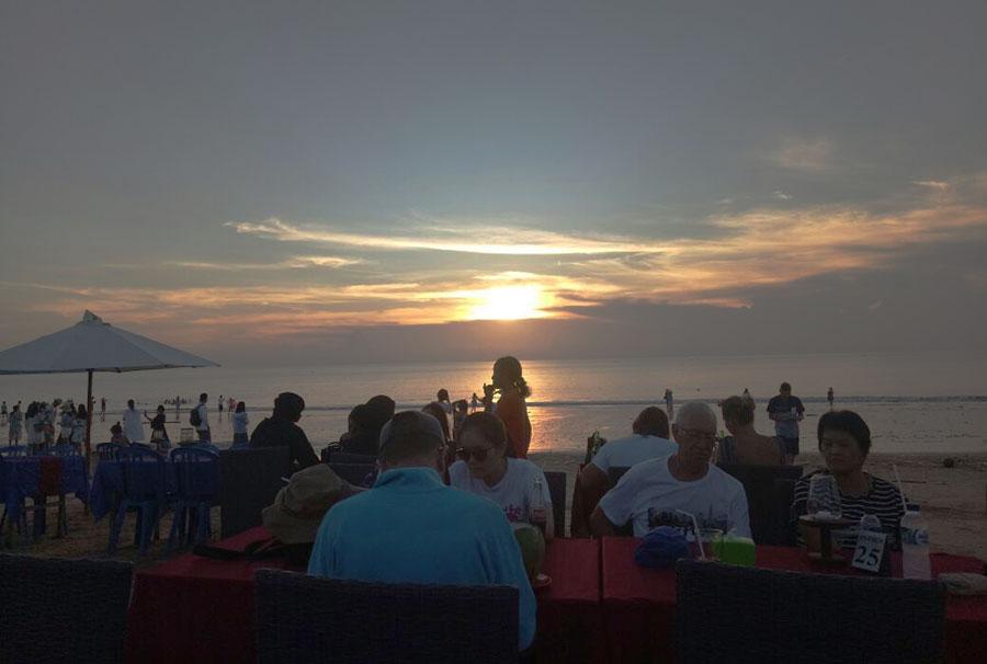 Bali Safest Driver Tour Dinner at Jimbaran Bay - Bali Driver