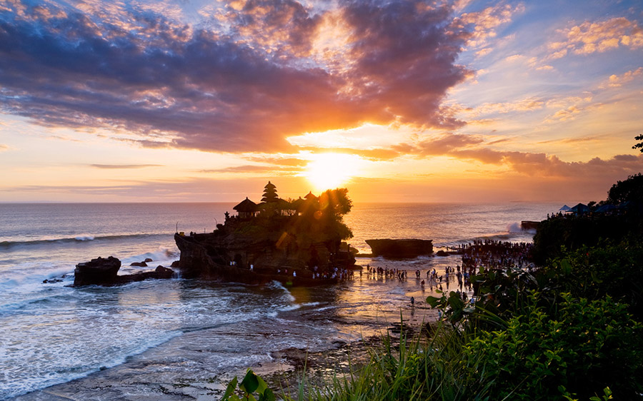 Bali Safest Driver Sunset at Tanah Lot Temple - Bali Driver
