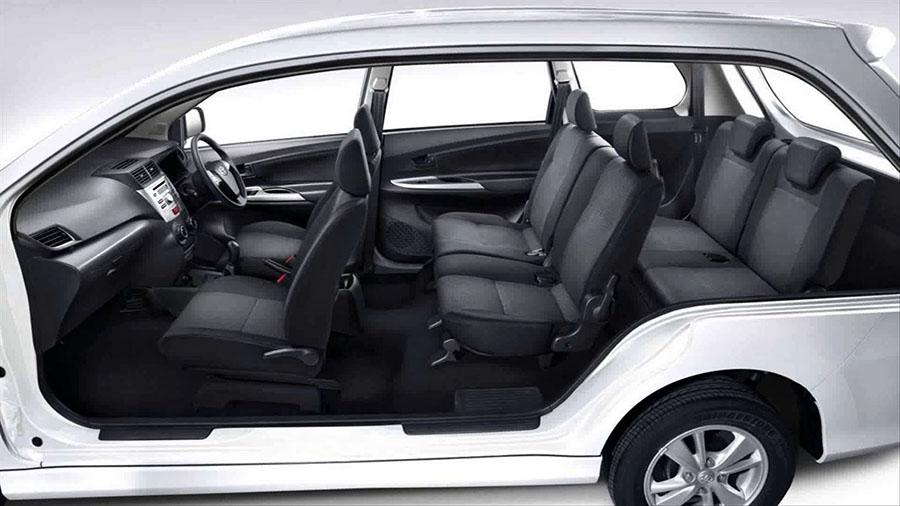 Bali Safest Driver Toyota Avanza Interior - Bali Driver - Bali Car Charter