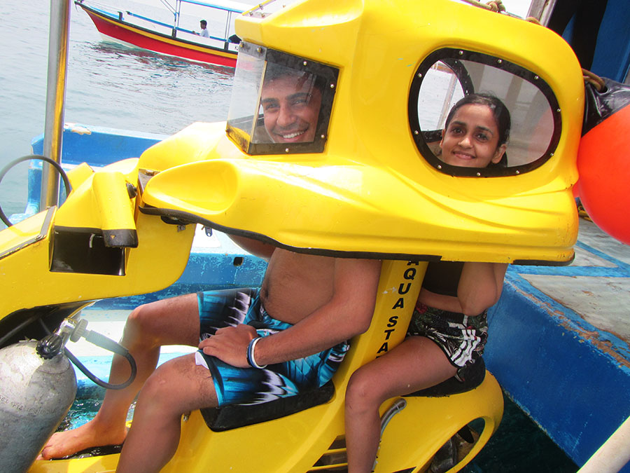 Bali Safest Driver Tour Underwater Scooter - Bali Driver Tours