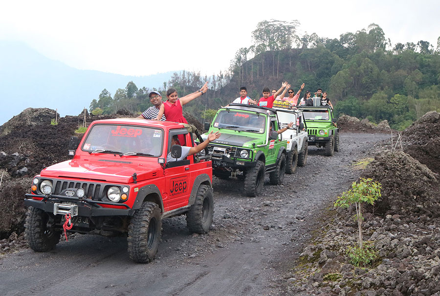 Black Lava Jeep Adventure Tour Package