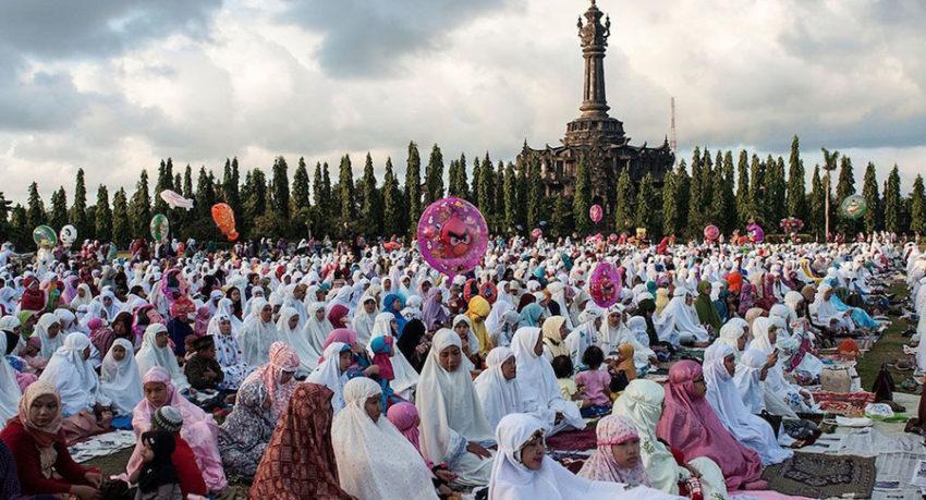 Special Traditions of Eid al-Fitr for a Unique Bali Private Tour