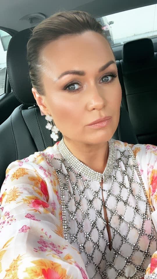 Glow By Natalia Barlow - Makeup Artistry Selfie