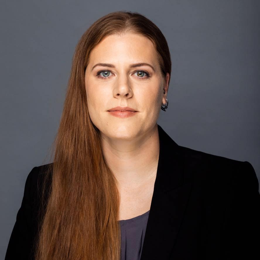 Glow By Natalia Barlow - Business Headshot Makeup Artistry