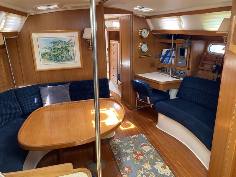 maui custom charters sailboat interior