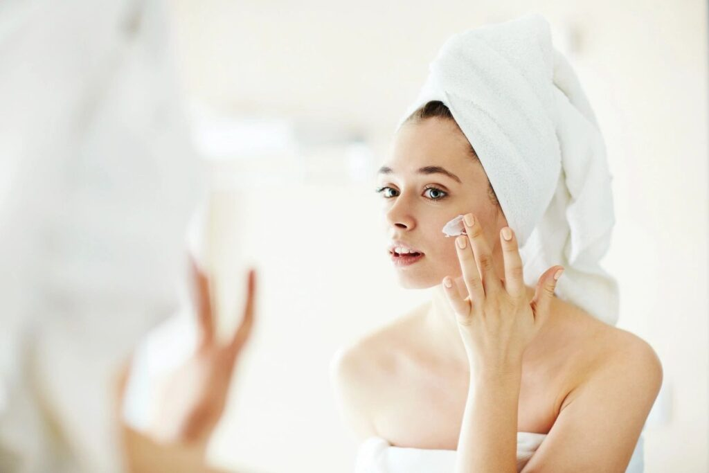 Anti-Aging Skincare Routine to Keep You Looking Youthful for Longer