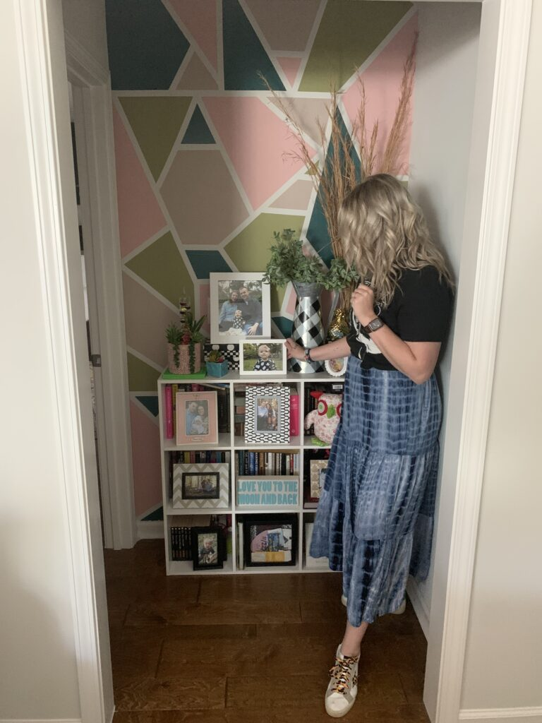 Savannah Blogger, Being Mrs. Fowler, 6 Projects to do while you are home, home update, wall mural