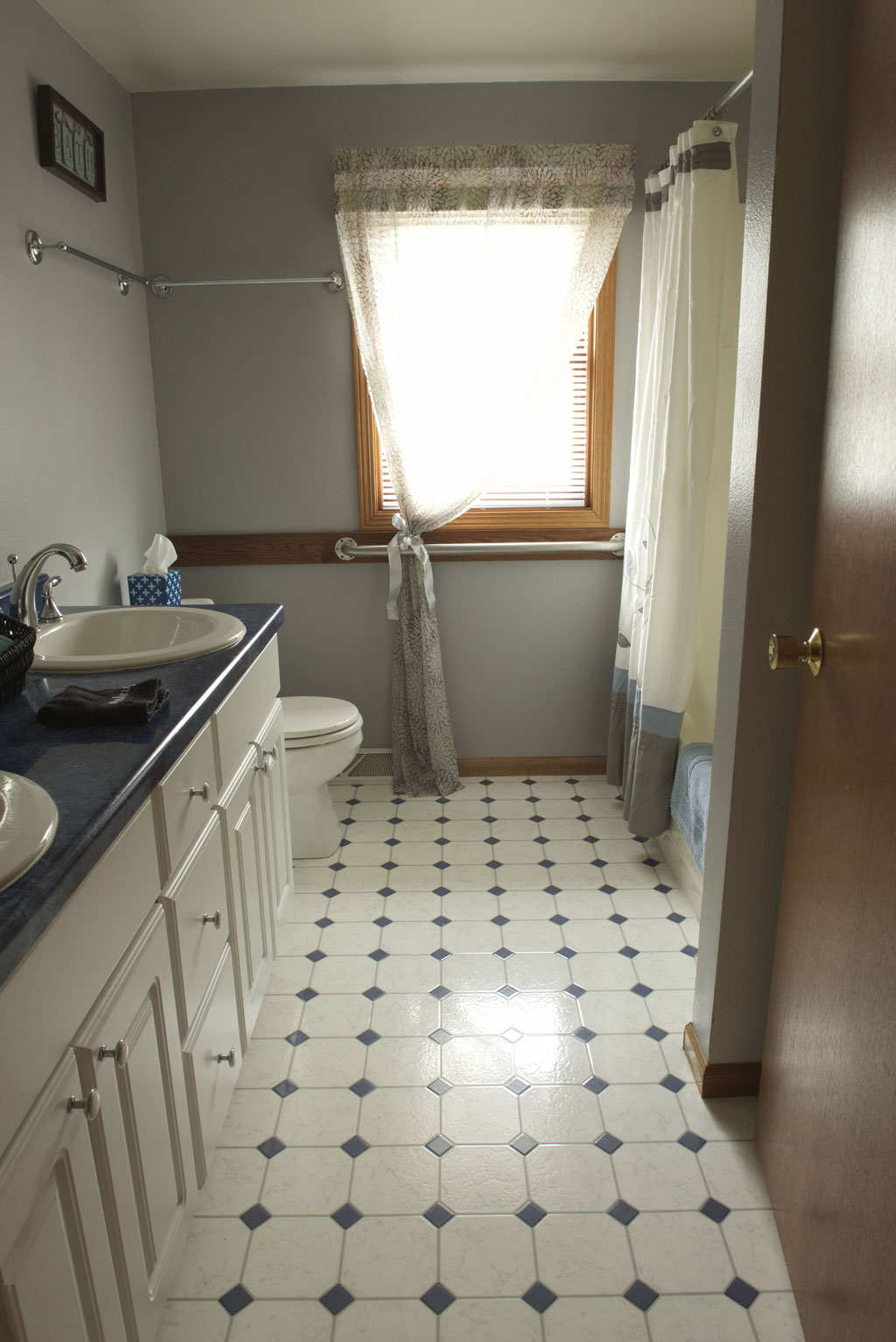 Lilac Bathroom, Valley Springs Farm, Reedsburg, WI