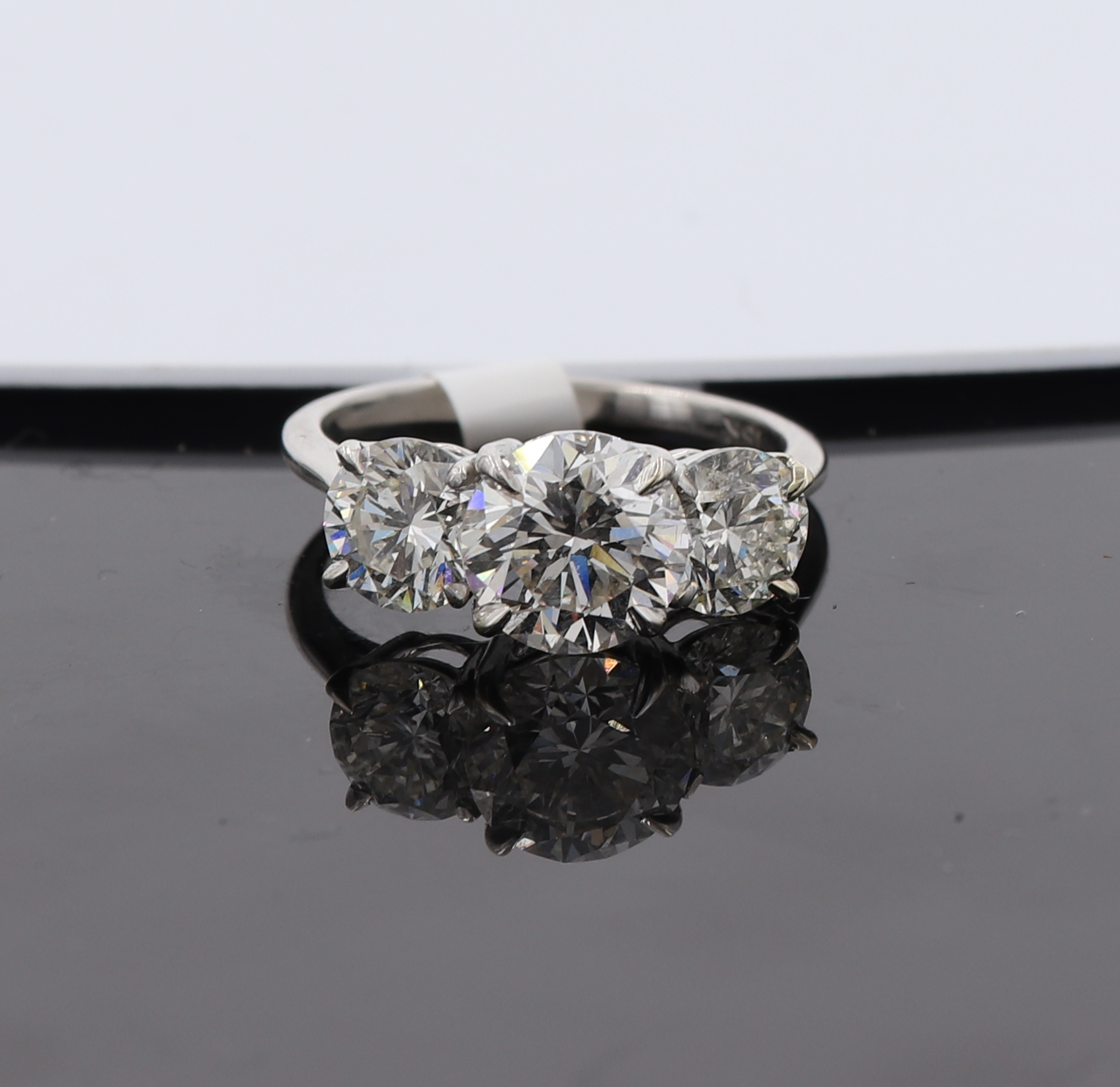18K White Gold 3 Diamond Ring 1.64CT Center