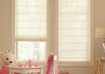 light filtering flat roman shade