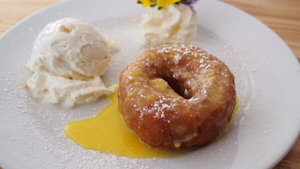 Challah french toast and a lemon donut, the best breakfast thing at this pasta place! – Met Him At A Bar