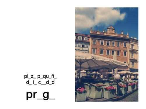 praga plaza pequeña de la ciudad