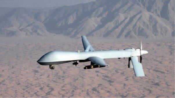 7d1612e7-8c13-4e2f-826c-279f37019177drone_flying over desert