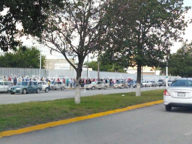 INCONFORMES EX EMPLEADOS DE CONTINENTAL AL NO RECIBIR UTILIDADES EN MONTEMORELOS.