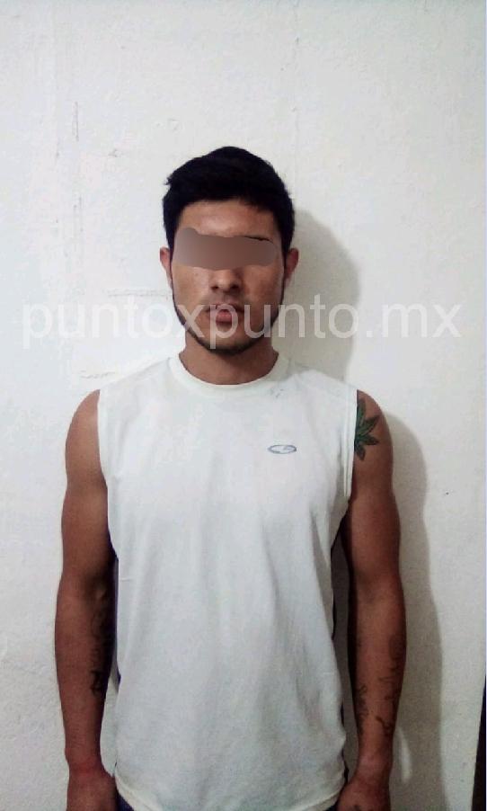 LO DETIENE LA POLICIA DE MMORELOS, CONTABA CON ORDEN DE APREHENSION.