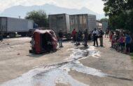 ACCIDENTE EN ALLENDE, VUELCA CAMIONETA, PADRE DE FAMILIA ES TRASLADADO GRAVE Y SU HIJA CON LESIONES.