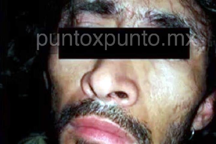 LO SORPRENDEN EN INTERIOR DE UNA CASA ROBANDO, LO DETIENE LA POLICIA DE CADEREYTA.