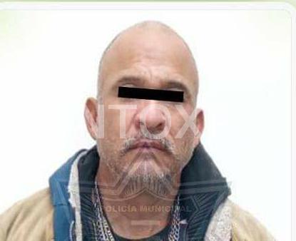 PERROS POLICIAS DAN RESULTADOS, DETIENEN A UN HOMBRE CON DROGA EN CADEREYTA.