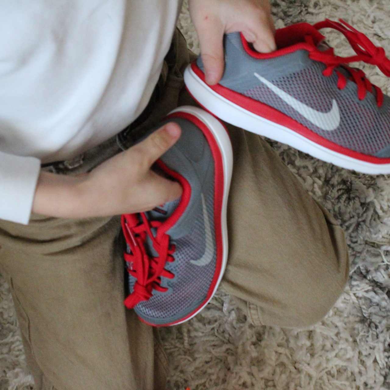 Shoe shopping made EASY with Easykicks! PLUS a giveaway!!!!